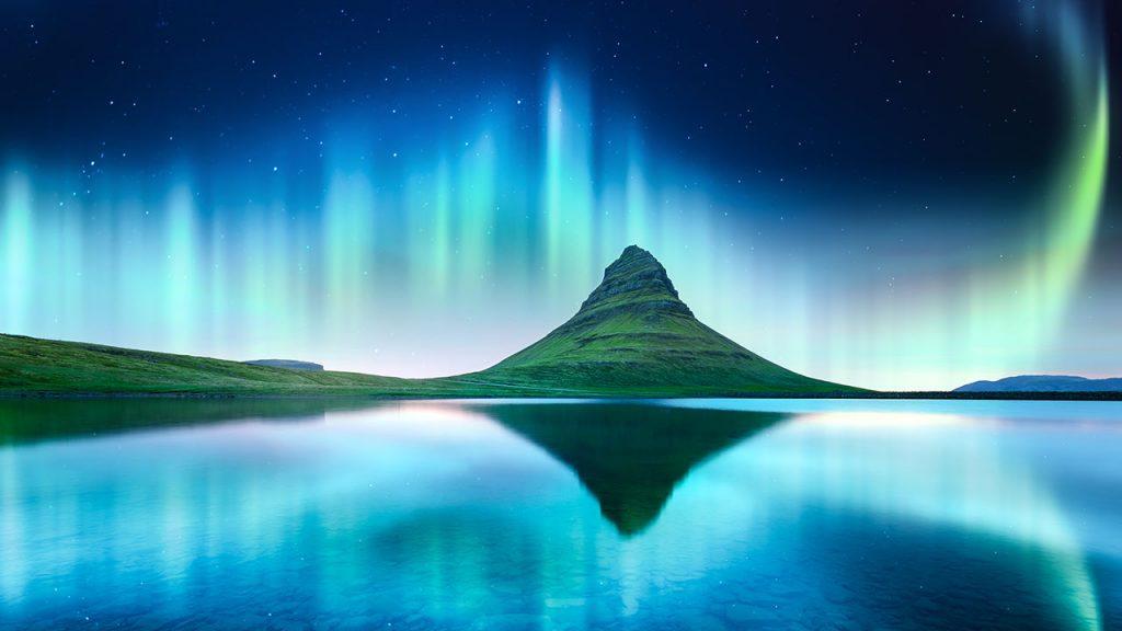 Aurora borealis Northern Lights kirkjufell Mountain