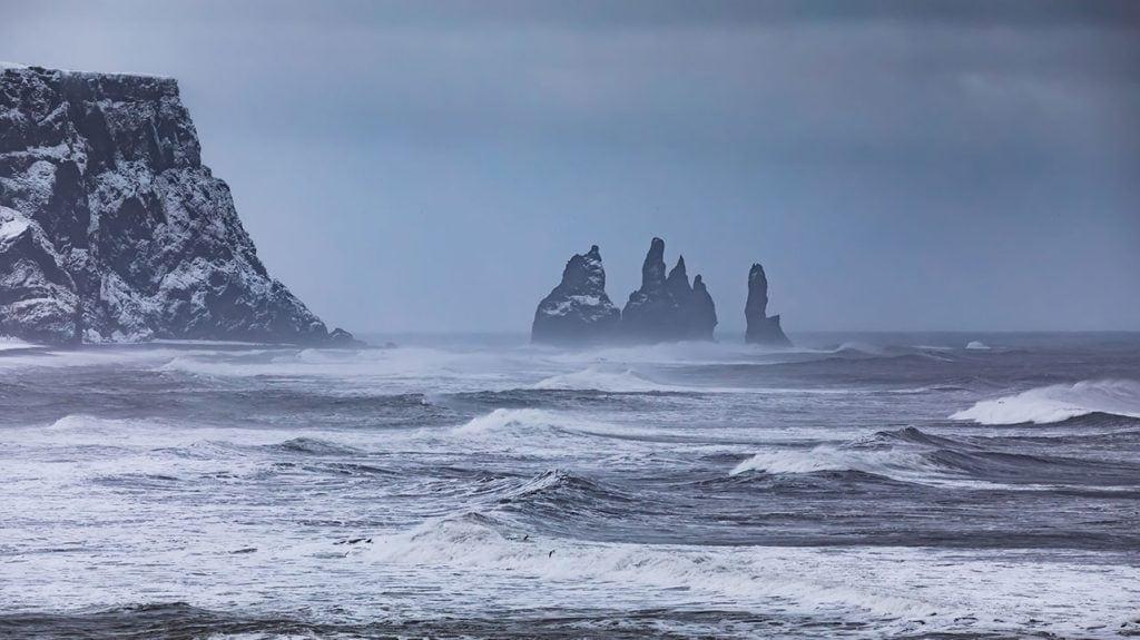 view-from-cape-dyrholaey-on-reynisfjara-beach_Small