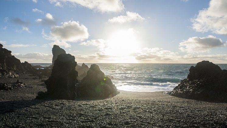 Snaefellsnes Peninsula Iceland Tour - Djupalonssandur
